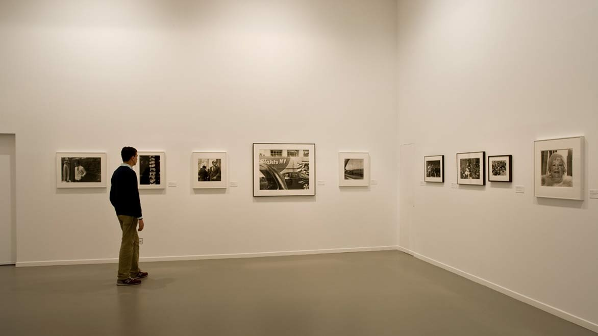 Portraits of New York: Photographs from the MoMA
