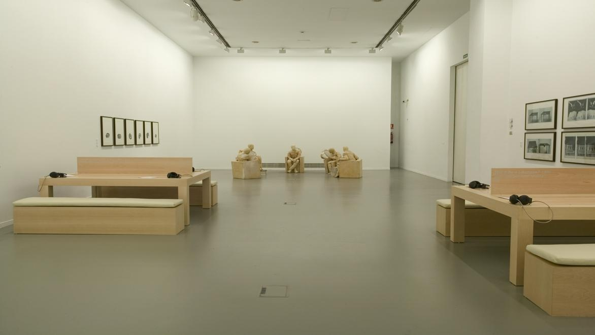 """""""The Voice Alone: Sculptures, Drawings and Works for Radio"""": Juan Muñoz"""