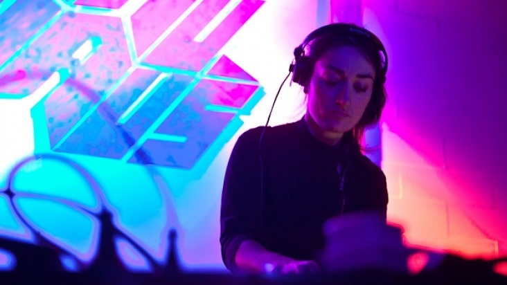 She Makes Noise. Paula Temple - Hybrid_Nonagon A/V live + Jem the Misfit