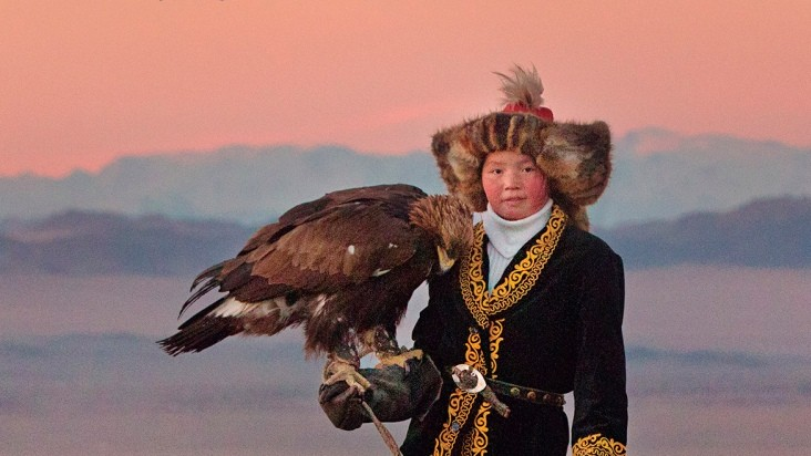 """The Eagle Huntress"" by Otto Bell"